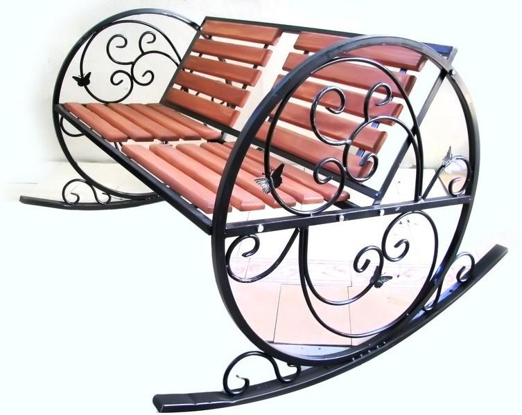 Маятниковая кресло-качалка из профильной трубы