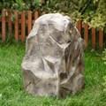 Крышка люка камень