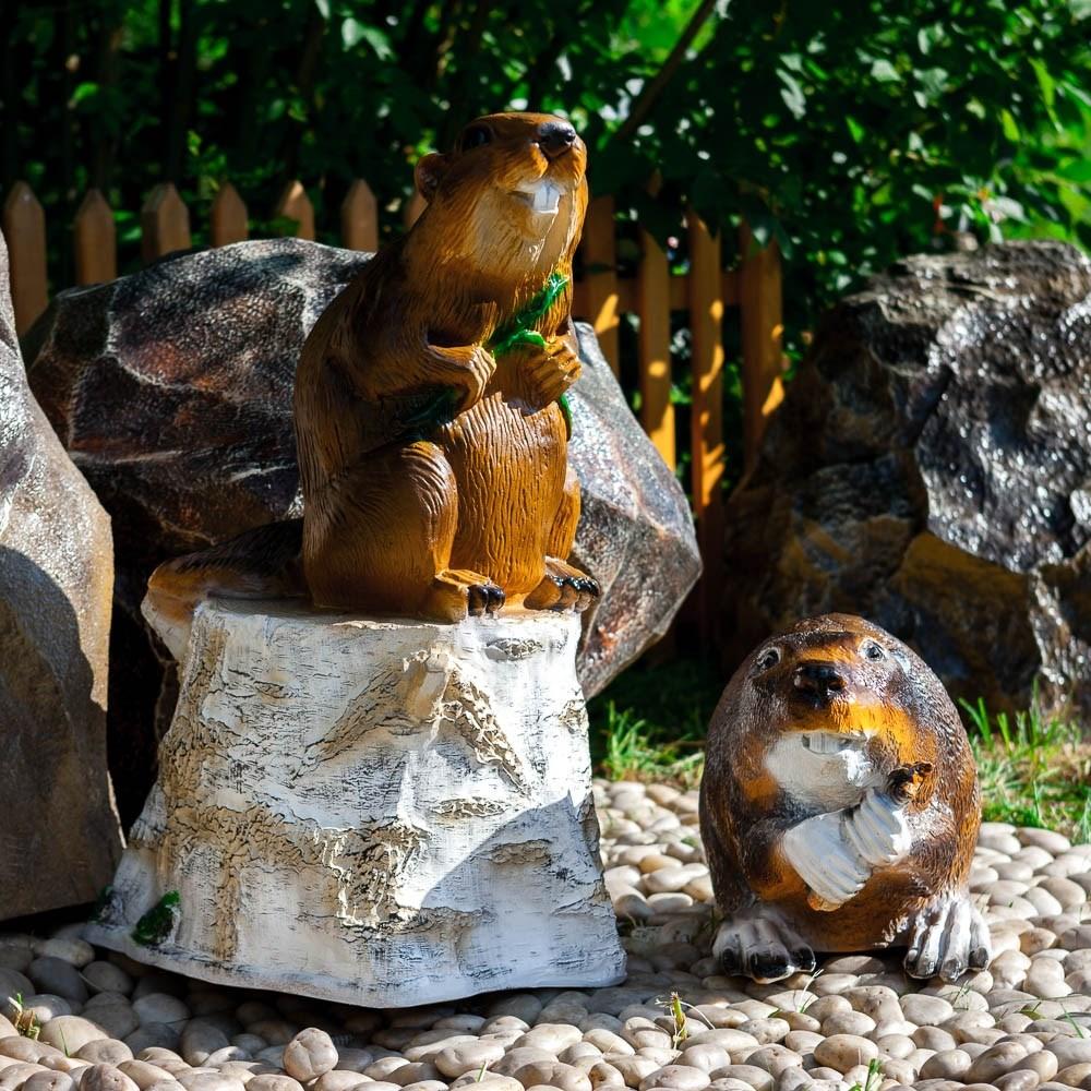 Декоративная фигура Бобер на пне - фото 37270