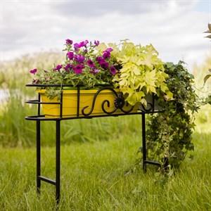 Цветочница для сада