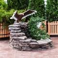 Орел на камнях U08308